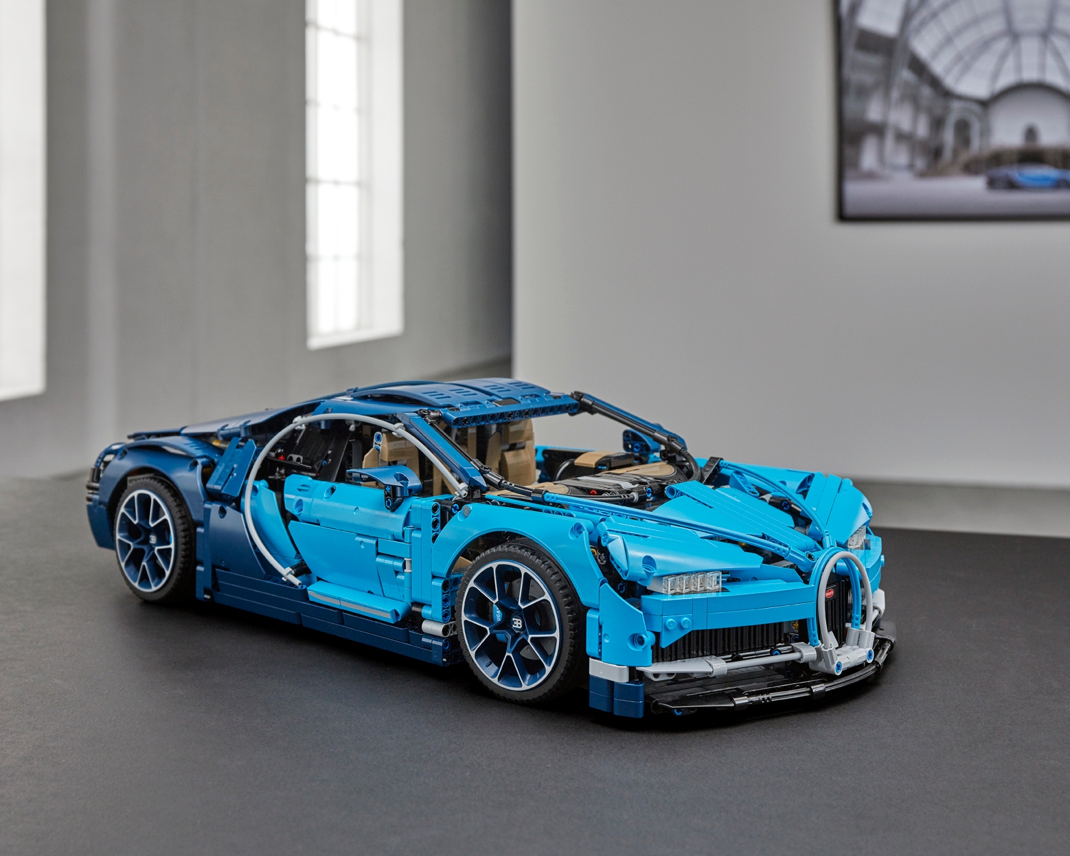 Revealed The New Lego Technic Bugatti Chiron Where Art Engineering And Bricks Combine About Us Lego Com Lt