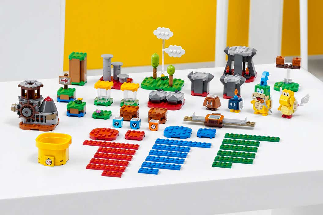 Image of the Master Your Adventure Maker Set parts displayed on a table