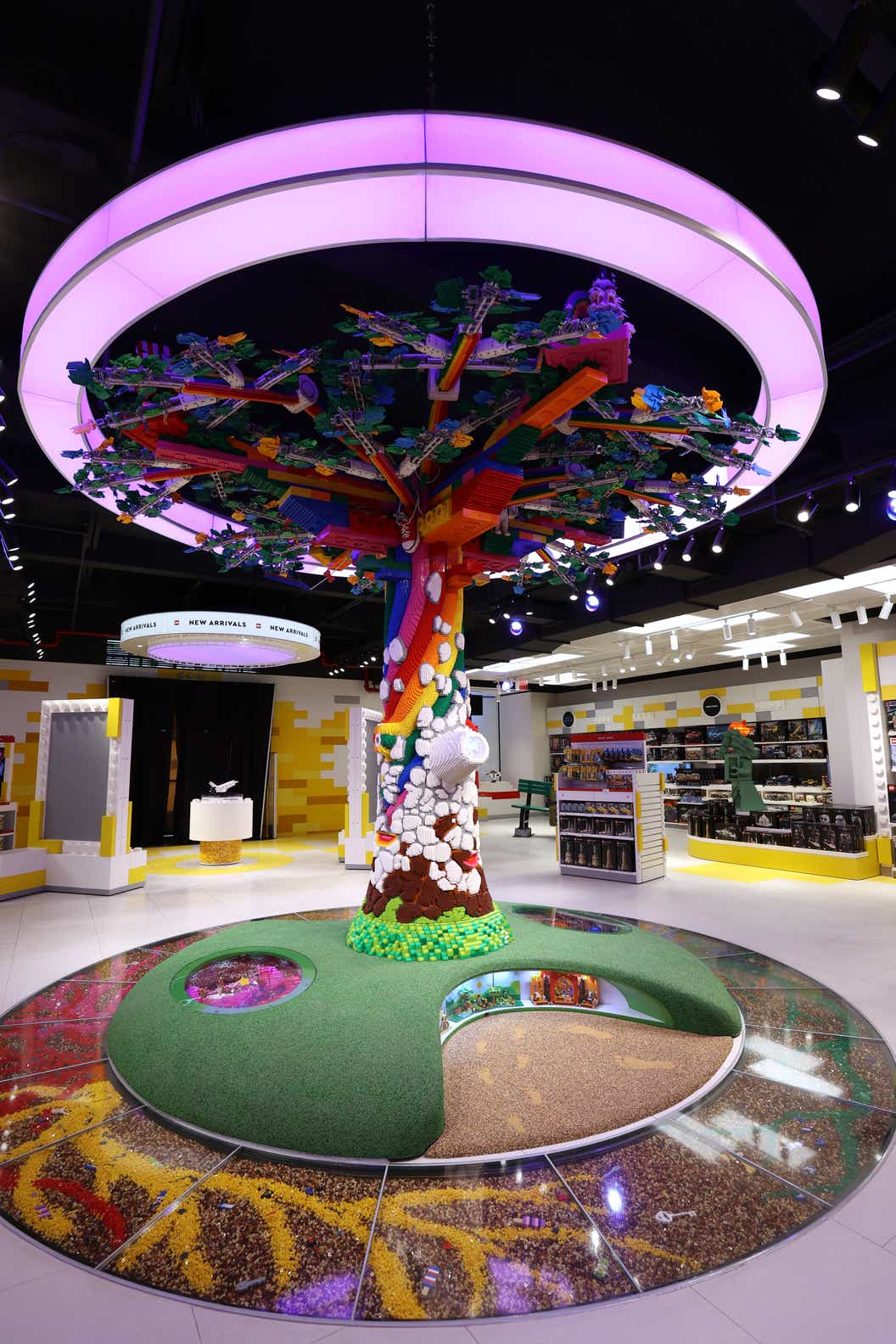 Lifestyle image of the Tree of Discovery in the heart of the new NYC LEGO store