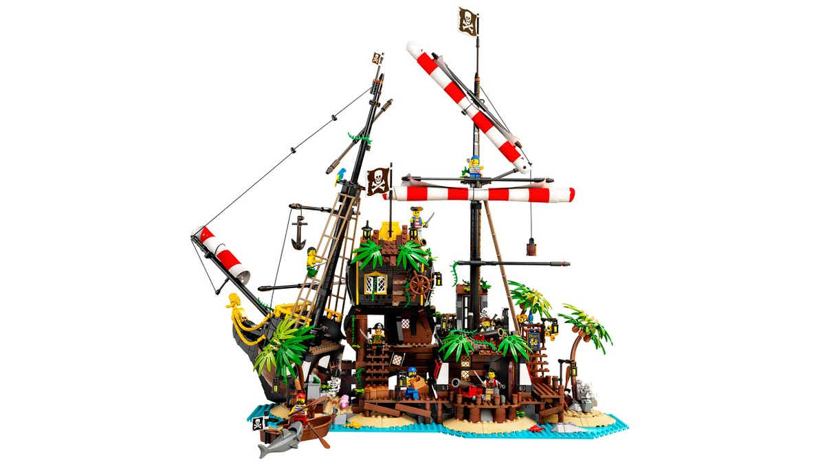 Arghhh Me Hearties Explore An Epic Shipwreck With The New Lego Ideas Pirates Of Barracuda Bay About Us Lego Com Us