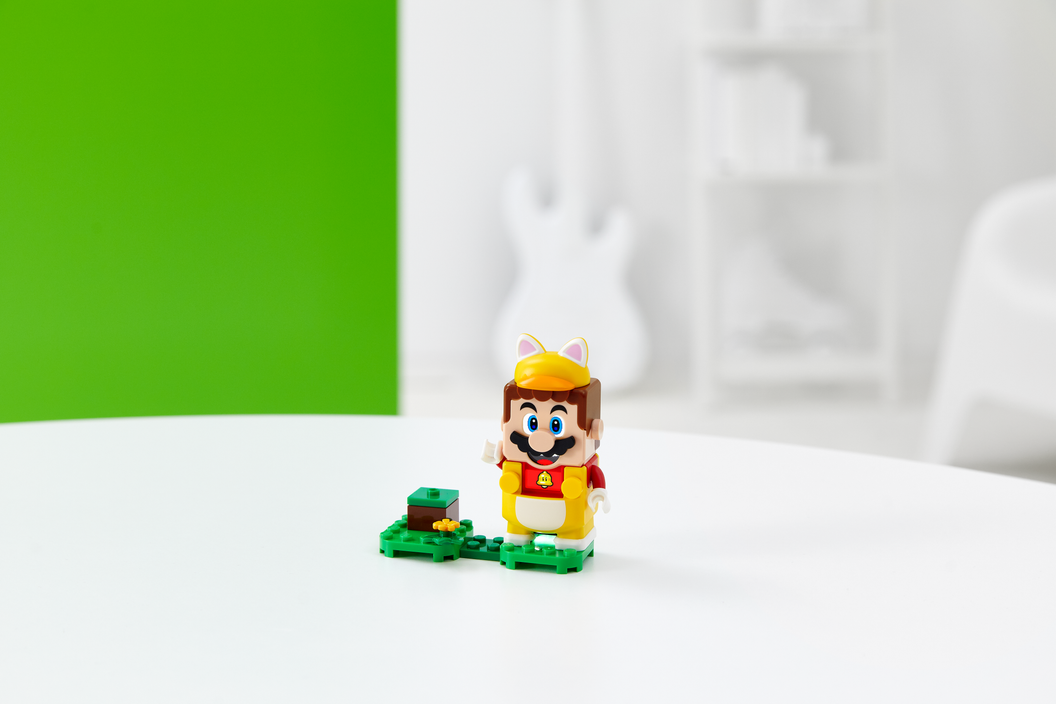 Image of LEGO Super Mario with Cat Mario Power-Up Pack