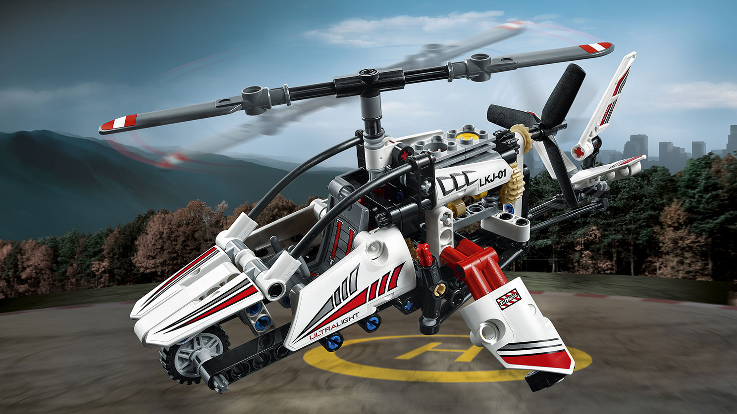 LEGO Technic - 42057 Ultralight Helicopter - Pilot this high-tech helicopter in white, blue and red colors! It has a tail rudder, main rotor, tail rotor and a detailed engine.