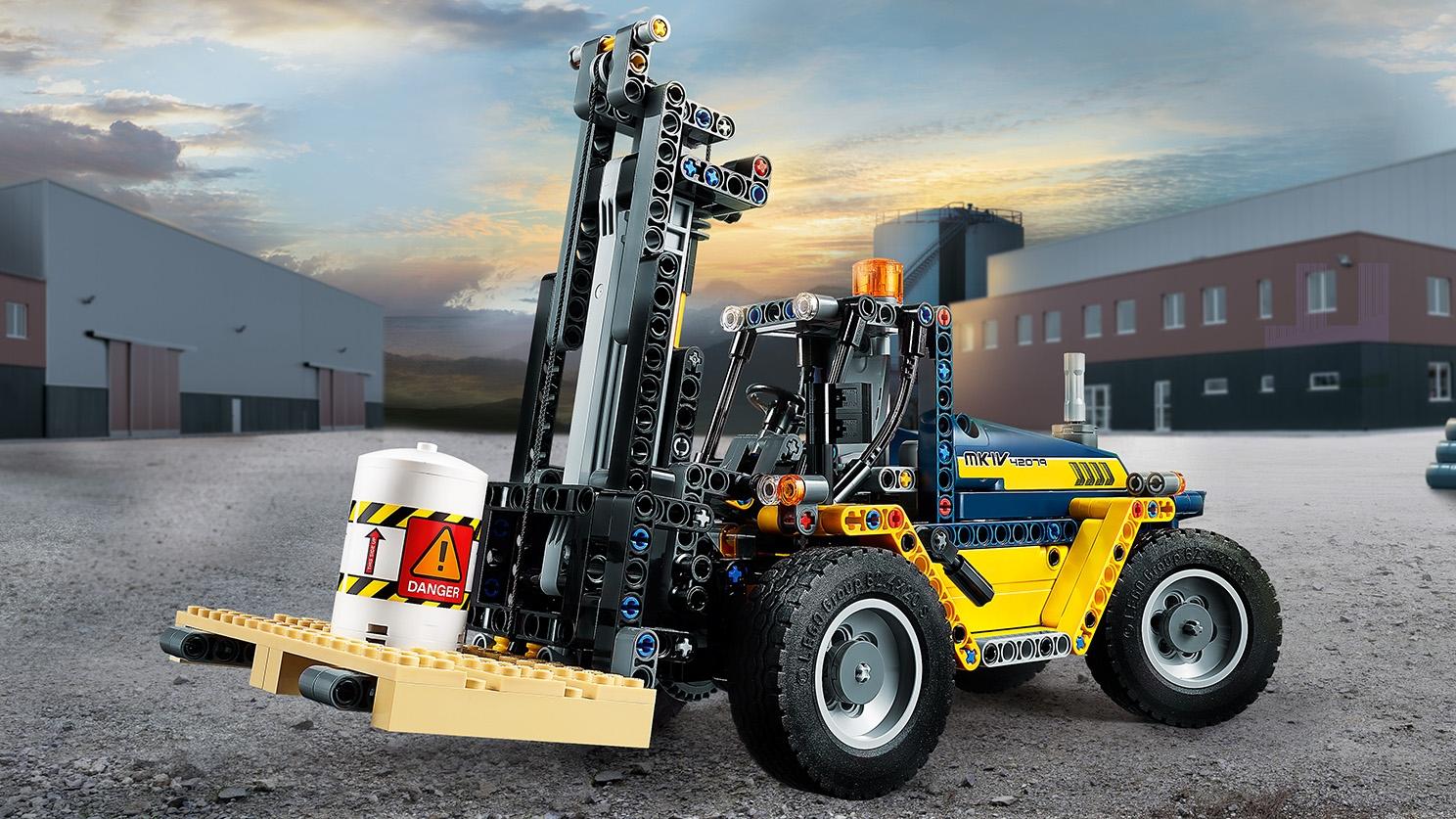 LEGO TECHNIC CARRELLO ELEVATORE HEAVY DUTY LEGO 42079
