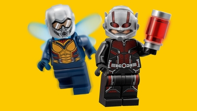 LEGO Super Heroes - 76109 Quantum Realm Explorers - Ant Man with his shrink gun and the Wasp team up as the Quantum Realm Explorers.