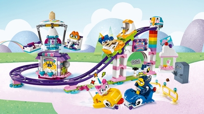 LEGO Unikitty - 41456 Unikingdom Fairground Fun - Have fun at the fairground with Unikitty, Prince Puppycorn and friends! Try the roller coaster or the swinging chair or go for ice cream.