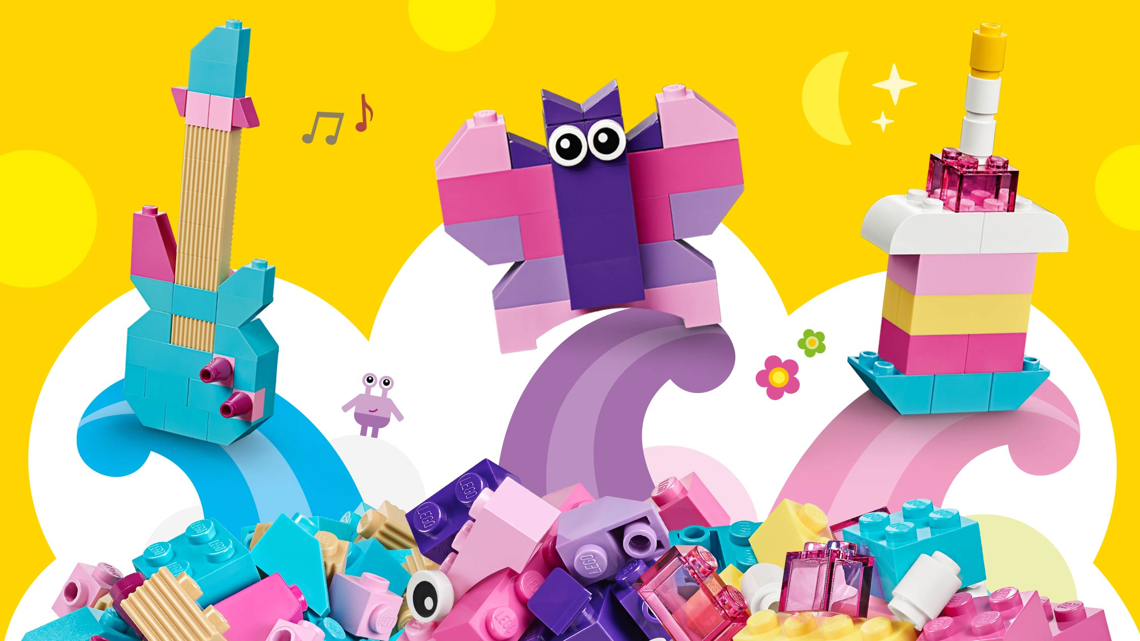 LEGO Classic - 10694 - Use a mix of blue, purple and pink bricks to build a guitar, butterfly or a birthday cake with a candle.
