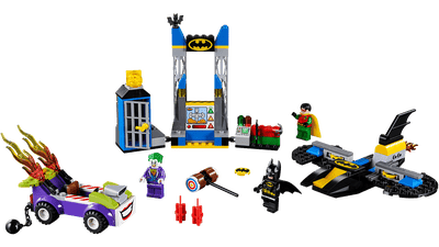 LEGO Juniors The Joker™ Batcave Attack - 10753 Protect Batcave with Batman™ in Batwing jet, while Robin™ chase The Joker™ in his flame-shooting hotrod and use some Batdiscs