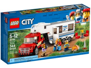 Pickup med campingvogn