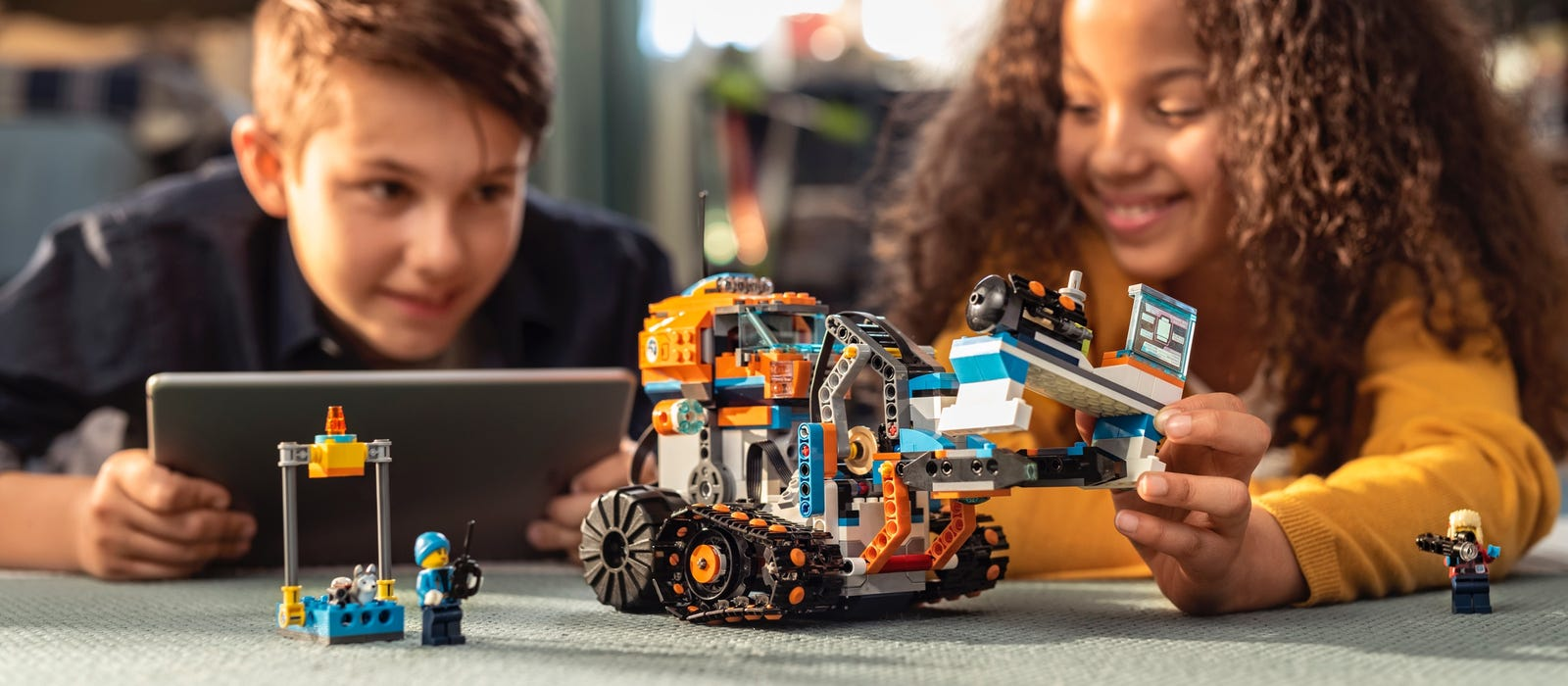 Kids coding with BOOST together