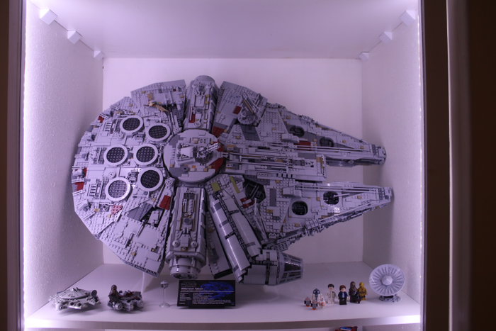 Timothy shows us how to display the LEGO Millennium Falcon at an angle!
