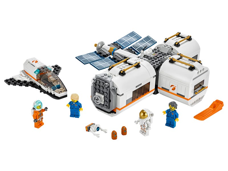 Måne-rumstation