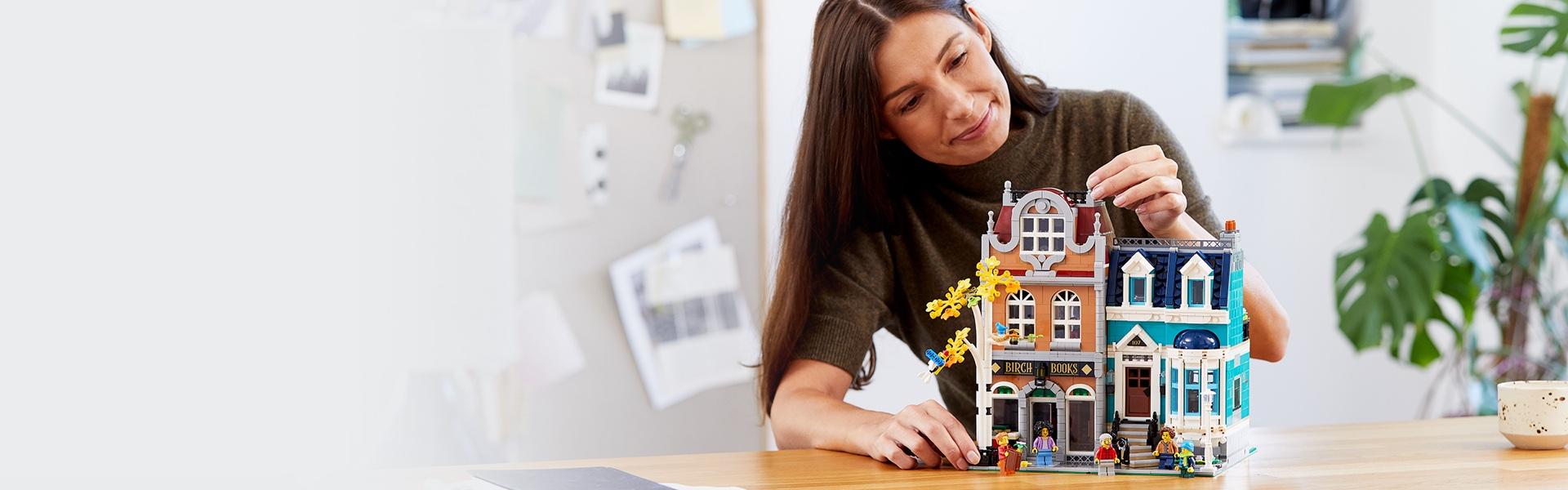 Split LEGO 10270 Birch Bookstore ONLY Read Description FREE SHIPPING Jan 2020