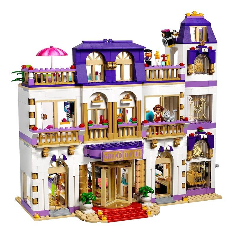 Heartlake Grosses Hotel 41101 Friends Offiziellen Lego Shop De