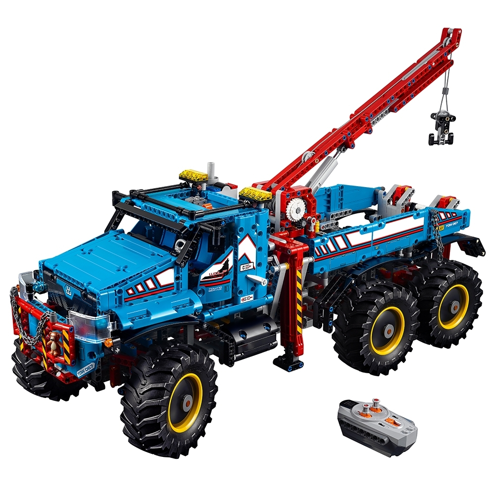 6x6 All Terrain Tow Truck 42070 Technic Buy Online At The Official Lego Shop Us