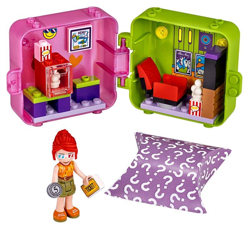 Mia's Shopping Play Cube