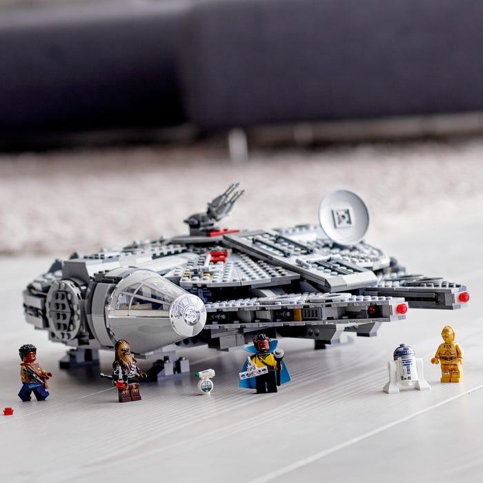 Millennium Falcon minifigures: Han Solo, Luke Skywalker and Princess Leia
