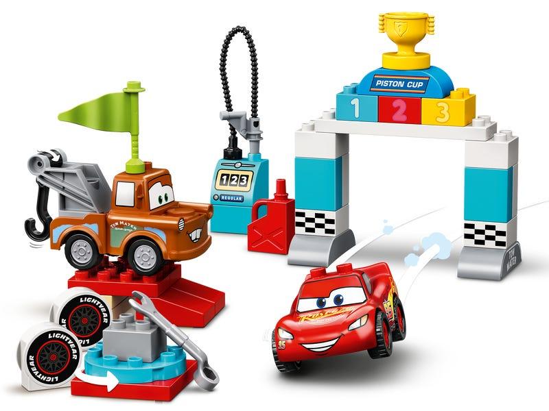 Lightning McQueen's Race Day