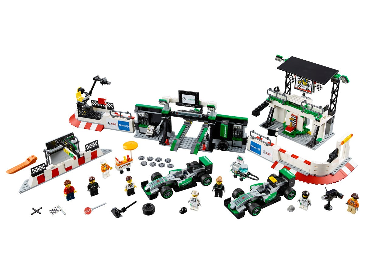 Mercedes Amg Petronas Formula One Team 75883 Speed Champions Buy Online At The Official Lego Shop Us